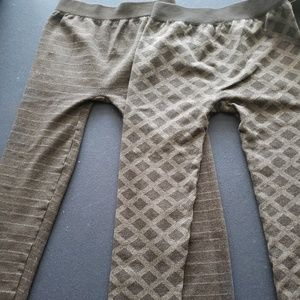 2 pairs leggings